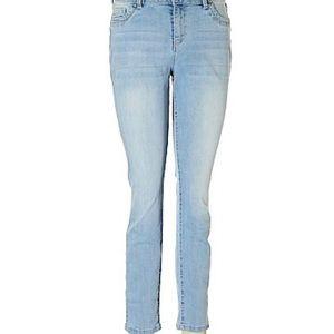 D. Jeans Light Wash Skinny Jeans-6